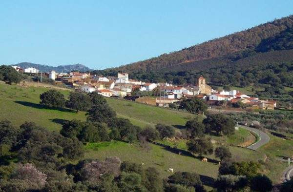 Serrejon pueblo de Monfragüe