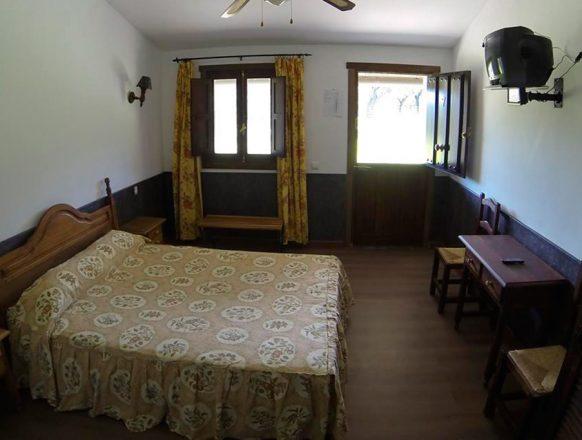 Hotel-Rural-Puerta-de-Monfrague-00