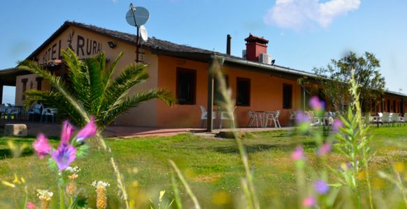 Hotel-Rural-Puerta-de-Monfrague12