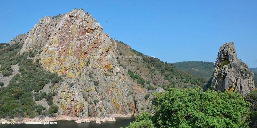 Foto del salto del Gitano en el Parque Nacional de Monfragüe