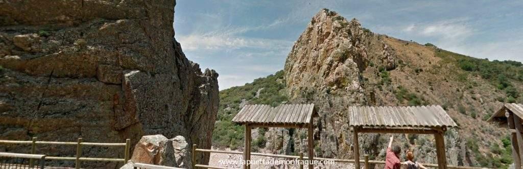Panoramica del Mirador Salto del Gitano en el parqiue Nacional de Monfrague
