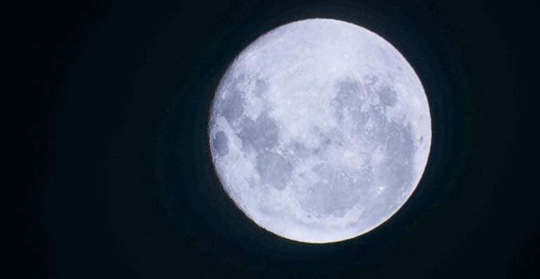 La Luna Vieja del 2020